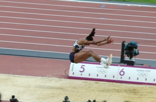 Long jump shoes